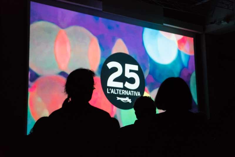 L'Alternativa – 25 años de amigos